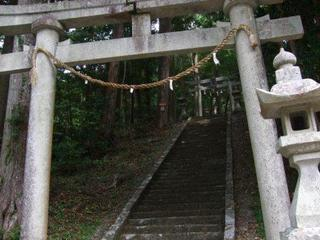 6月11日 記事用 神社.JPG